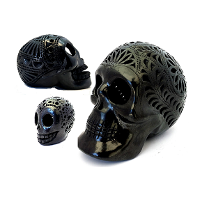 Cráneos o Calaveras en Barro Negro (Dar Clic en Foto para Ver Detalles)